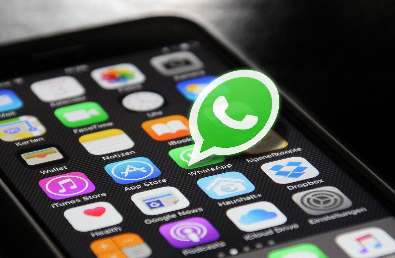 """Whatsapp messo in ginocchio dalle videochiamate, i server rischiano letteralmente di """"fondersi"""""""